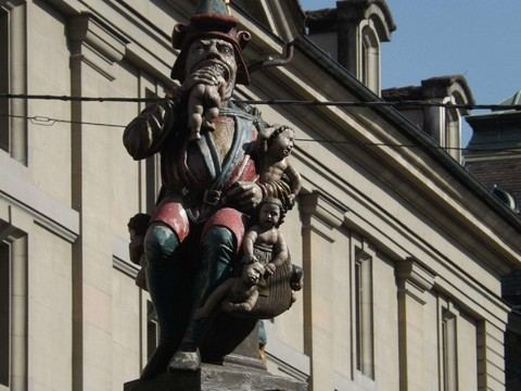 伯恩噴泉雕像