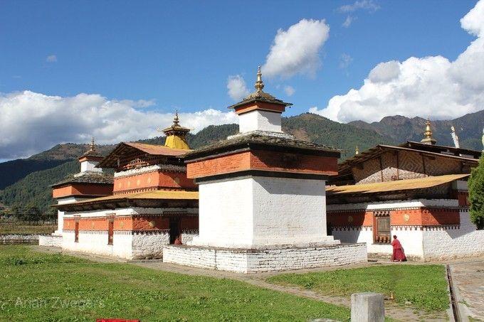 江貝拉康寺