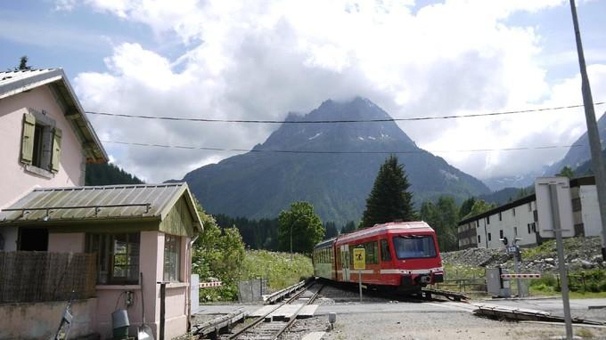 白朗峰列車