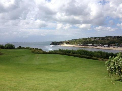 峇里島高爾夫5日3場球(含稅)~2人成行