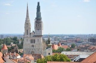 悠遊克羅埃西亞、斯洛維尼亞、16湖仙境、絕美達爾瑪其亞海岸線、札達爾海風琴、Zagreb outlet購物樂★加贈漫遊SIM卡