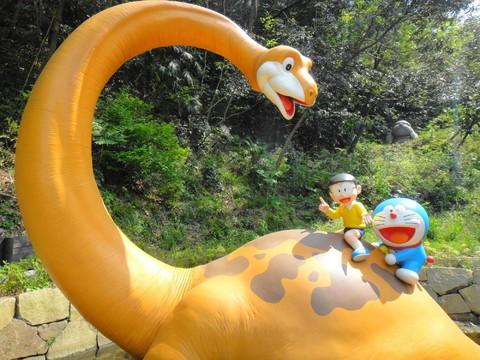 《瘋東京》天上山纜車、藤子不二雄博物館、麗莎&卡柏斯歐風城鎮、迪士尼樂園、溫泉五日【早去午回】