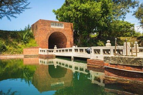 台南巡禮~安平古堡、水道博物館、億載金城、水交社博物館、五★晶英飯店二日遊