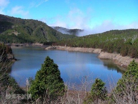 【大人囝仔】宜蘭太平山夢幻翠峰湖.全球最美小徑~見晴步道.粉紅城堡兔子迷宮下午茶2日(台中出發)