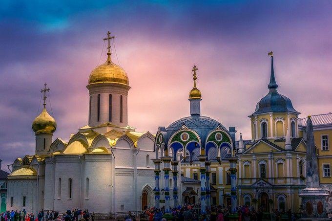聖三一塞爾吉烏斯修道院