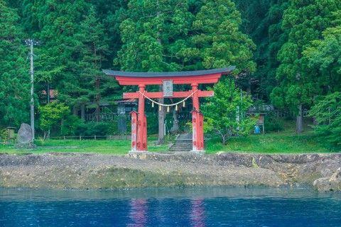 【十和田湖神秘探險】奧入瀨溪、弘前城公園、秋季採水果5日