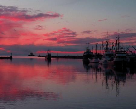 追尋幸福極光》黃刀極光船‧湖上釣魚體驗‧悠閒惠斯勒‧溫哥華8日
