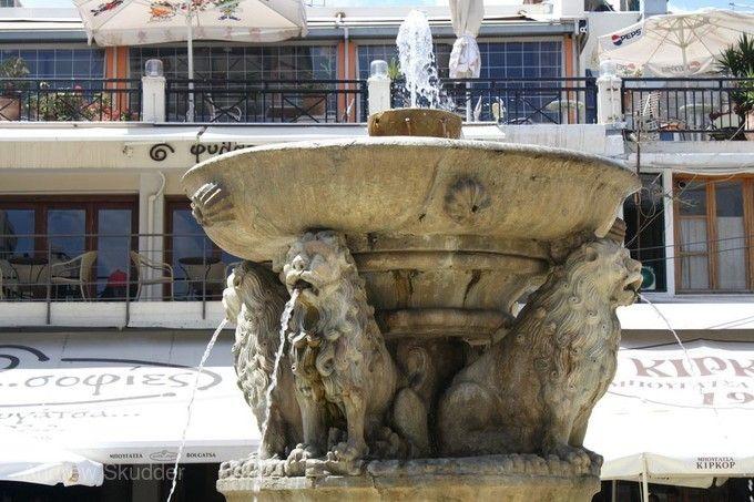 莫若西尼噴泉池