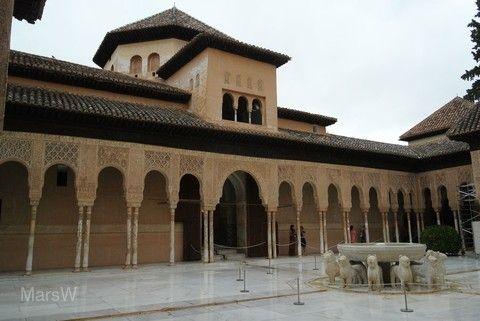 阿罕布拉宮