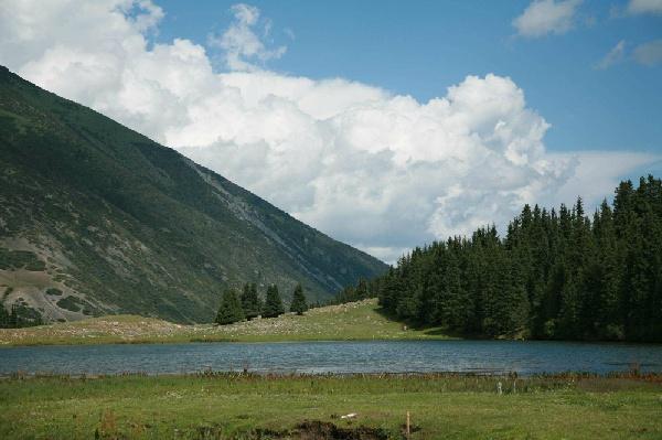 跨越天山‧逐夢中亞中亞兩國 哈薩克‧吉爾吉斯 跨越天山之旅九天