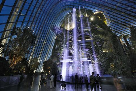 【2人輕鬆GO】經典新加坡~濱海灣花園、環球、水上計程車、樂購物4日