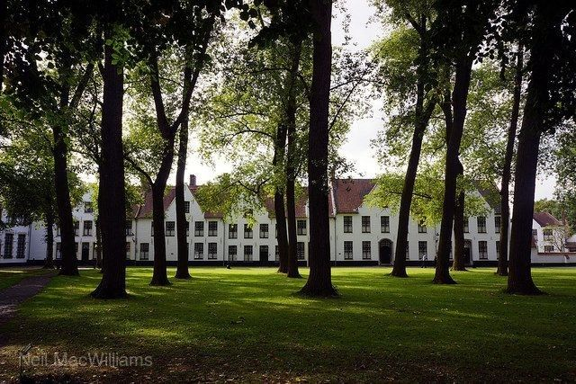 貝居安女修道院
