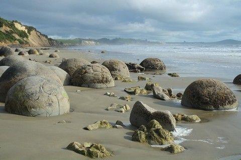 莫拉奇圓石海灘