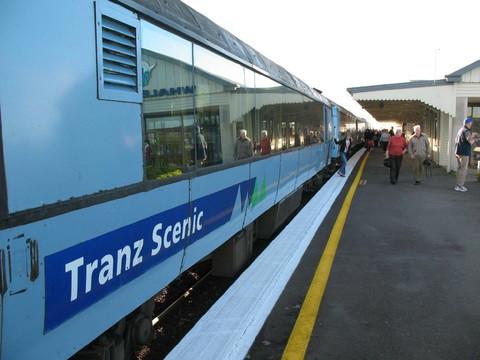 漫遊WIFI~(早鳥優惠第2人減10000)我在紐西蘭8號~高山火車、冰河船、雙纜車12天奧克蘭進出
