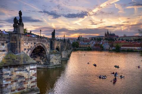 悠遊德捷奧10日~德國最美的小鎮(班堡)、中世紀雙溫泉古鎮、音樂神童莫札特的故鄉~薩爾斯堡、布拉格城堡導覽、特別贈送伏爾它瓦河遊船餐