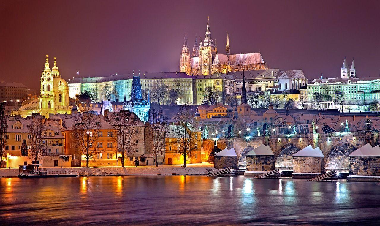 「漫遊捷克.愛上布拉格」10日✈皇家城堡、高堡園區、波西米亞小鎮、百年溫泉水鄉❤❤❤布拉格連泊四晚[含稅]