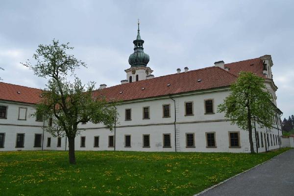 布雷諾夫修道院