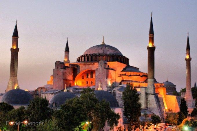 夏趣.鬱金香花季.我在土耳其11天~番紅花城、特洛伊城、卡帕多奇亞奇岩、雙遊船、七晚五星飯店《入住黑海小鎮一晚、贈WIFI》