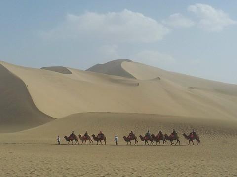 俠客遊新疆哈密大海道、吉普車穿越戈壁無人區、雅丹地貌野營體驗9天