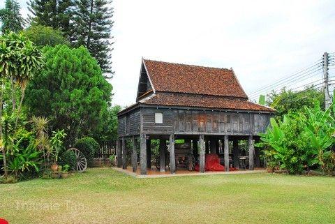 百年貴族高腳屋