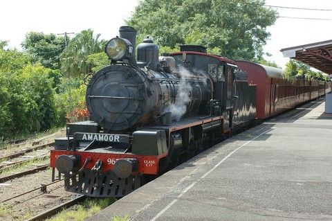 墨爾本醇旅行6日~菲利浦島(企鵝歸巢)、古董蒸氣火車、南半球最大摩天輪