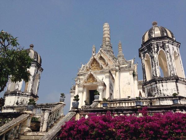 泰國華欣6人成行~空中雲頂酒吧、貢多拉遊船、水上市場5日(無購物含小費
