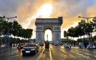 「魅力歐洲」法比荷10日~巴黎住四晚、雙宮雙遊船、梵谷森林公園、米其林推薦餐廳