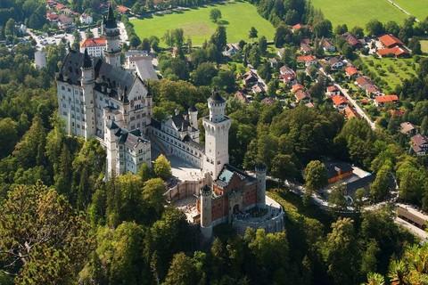 旅展折$3000-經典德國~海德古堡+新天鵝堡+霍亨索倫堡.賓士館.浪漫大道小鎮10日