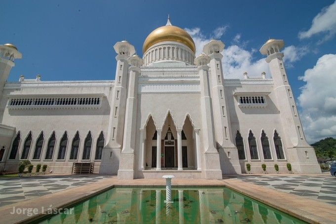 可蘭經紀念碑文化廣場
