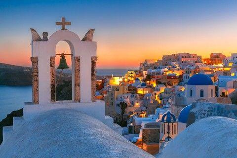 希臘雙島遊10日(TR)~聖托里尼島+米克諾斯島、天空之城、阿拉霍瓦 優惠方案:●贈送每人一張網卡