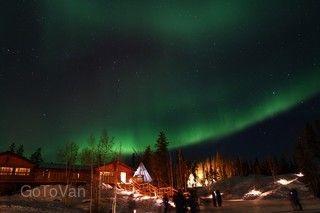 加拿大極光獵人8日3晚黃刀極光、狗拉雪橇、溫哥華飛行體驗之旅