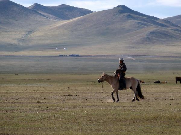 外蒙古+貝加爾湖12日遊(西伯利亞鐵路+1段內陸飛機+貝加爾湖環湖鐵道之旅 )