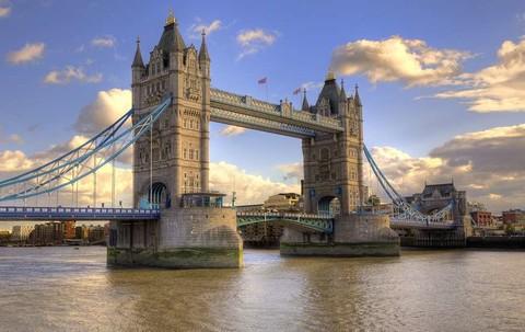 魅力歐洲~英法雙國好事成雙、歐洲之星、古堡巡禮、雙宮雙遊船雙OUTLET雙城堡飯店10日