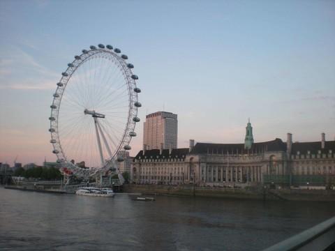 《旅展折3000》英荷比法~羅浮宮.大英博物館.倫敦眼.雙遊船.跨海雙體驗9日(華航直飛A350)