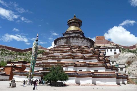 秘境西藏~藏東林芝+前藏+後藏+青藏鐵路、五★香格里拉九日(早/晚)