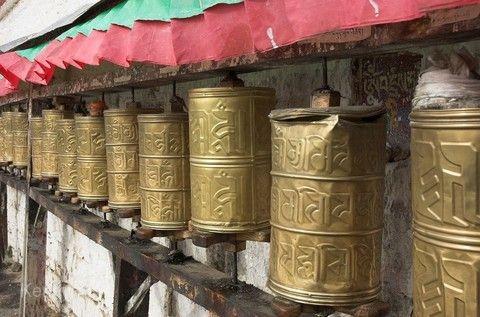 心靈西藏~前後藏+山南+納木措+扎葉巴寺+拉日鐵路、五★豪華酒店(兩晚)八日[含稅]