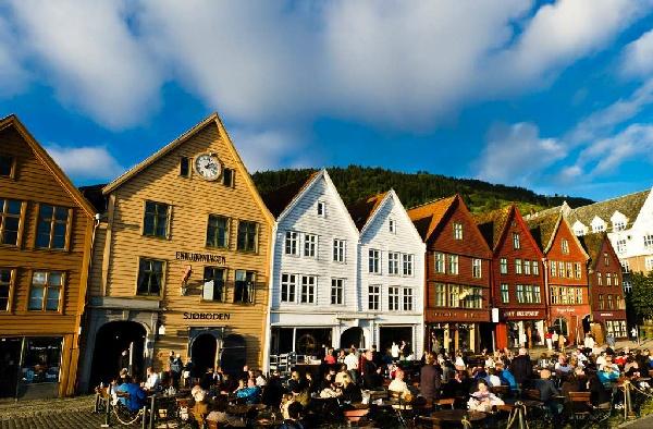 魅力歐洲~北歐四國13日-挪威、丹麥、瑞典、芬蘭、三峽灣、雙郵輪、百年貴族飯店 優惠方案:送小費