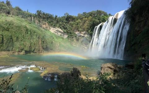 貴州雙瀑~黃果樹瀑布、赤水十丈洞瀑布、佛光岩景區、土城古鎮、貴州歌舞秀八日【無購物、無自費】