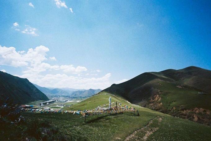 稻城亞丁.四姑娘山.丹巴藏寨.攝影天堂新都橋8日(3排車+無購物無自費)