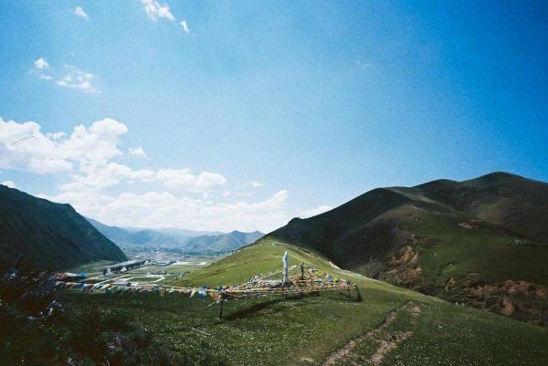 《國航假期》稻城亞丁、四姑娘山、丹巴、塔公寺、新都橋、日松貢布單飛8日
