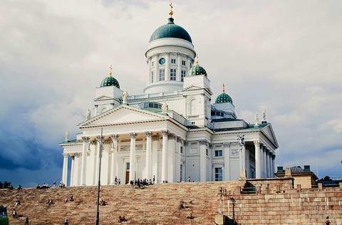 《挪威芬蘭》冬季北歐極光10日❄️玻璃屋、破冰船、冰海漂浮、現撈帝王蟹、冰上釣魚、越野滑雪❄️