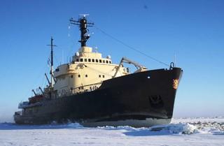 【主題旅遊】有感幸福.北歐極光~破冰船、冰海漂浮、現撈帝王蟹、冰上釣魚、越野滑雪10日