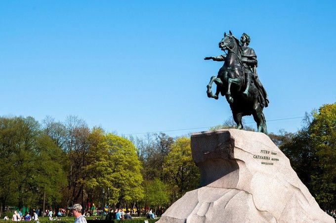 青銅騎士紀念碑