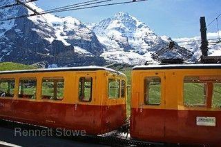 經典瑞士全覽~少女峰.馬特宏峰.白朗峰.黃金列車快線.冰河列車.伯連納列車10日(夏季版)
