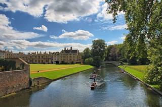《國泰港龍知旅》英國-雙古典學府.牛津劍橋.中世紀古城8天