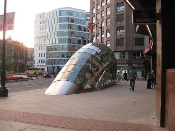 畢爾包地鐵站建築