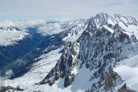 峰花雪嶽 深度瑞士10日-四大名峰+三景觀列車+三健行