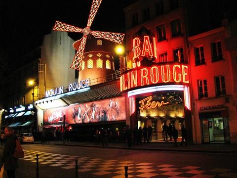 ◆繽紛長榮◆荷比法9天【羊角村、羅亞爾河雙堡、夜遊巴黎、方塊屋、三遊船、五大風味、wifi】
