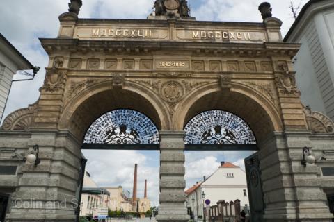 玩樂歐洲-玩樂歐洲 - 奧捷10日 - 長榮直飛、布拉格城堡、庫倫洛夫、薩爾斯堡、國王湖、伏爾他瓦河、米其林推薦餐(送WIFI)