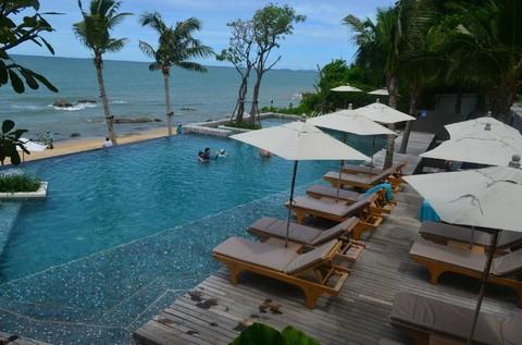 曼谷芭達雅5日-無購物 黃金海岸人魚灣私人海灘俱樂部、水上市場、舒壓按摩、人妖秀、趣味三合一《含稅簽  早去/午回》